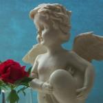 Engel mit Rose 1; Foto: Fred Häusler